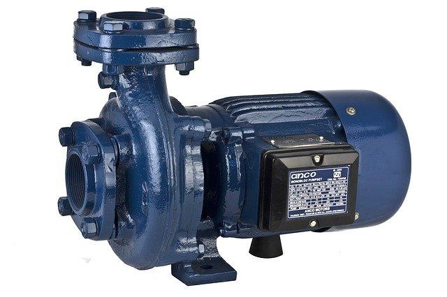 Water pressurizer
